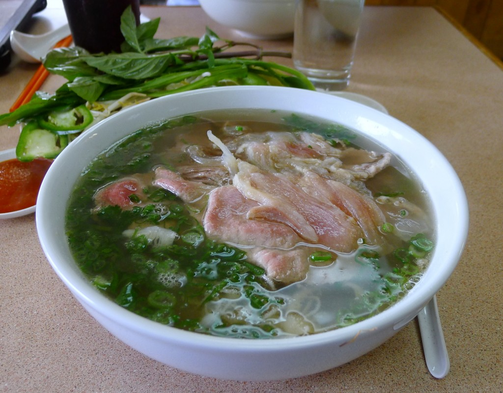 Pho Dac Biet (not yet garnished)