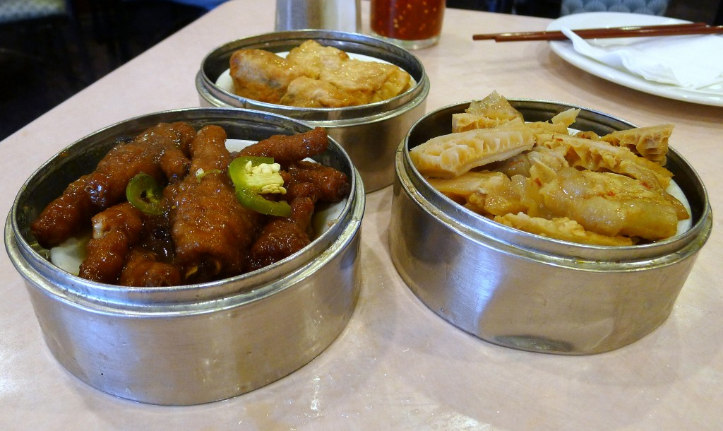 Stuffed Bean Curd, Tripe and Chicken Feet dishes