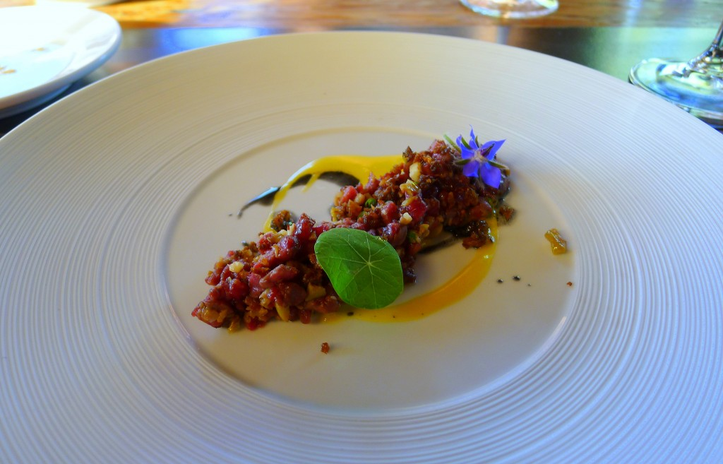 Smoked beef tartare with nasturtium and borage 2