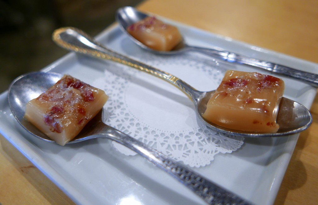 Caramel bacon chews