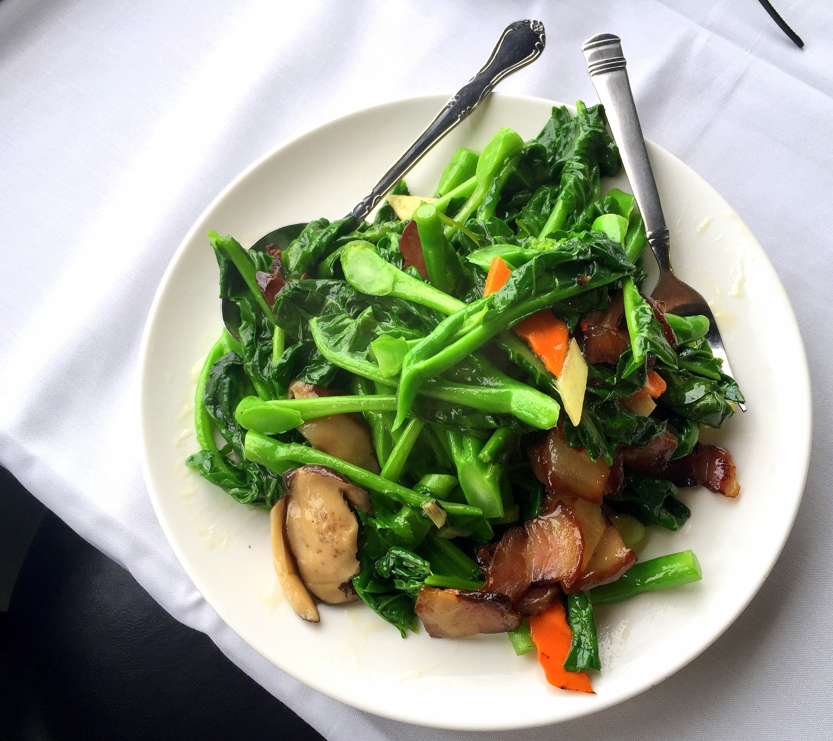 gai-lan-with-roast-pork